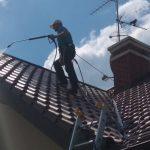 alpinistyczne czyszczenie dachów